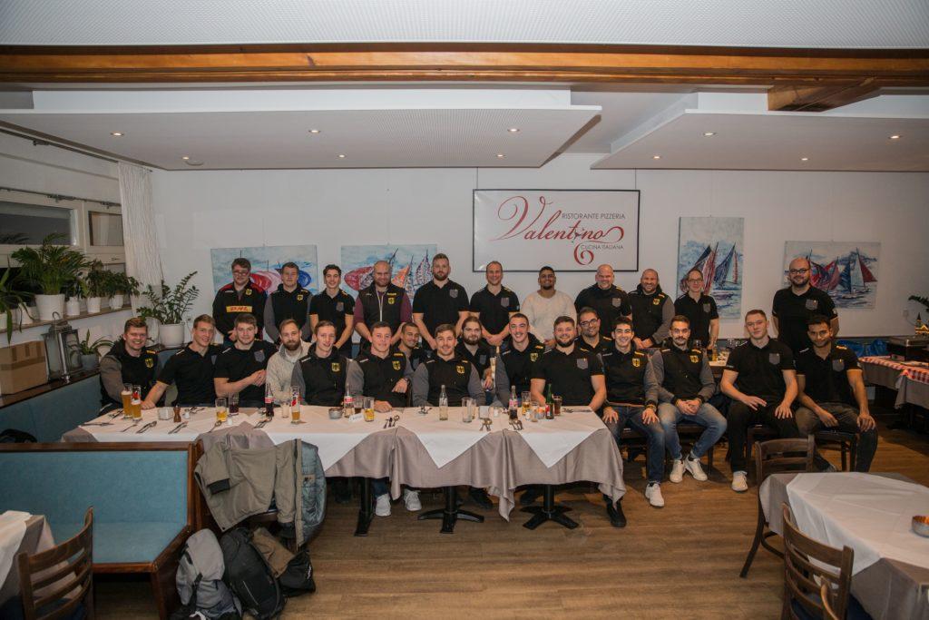 Freunde der deutschen Rugby-Nationalmannschaft e.V. beim Abendessen mit unserer Nationalmannschaft. Foto: F&S